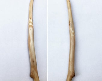 9.5mm Hand Carved Eucalyptus Wood Crochet Hook 9.5/N
