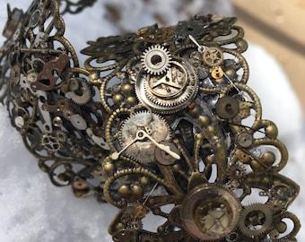 Steampunk bracelet. steampunk cuff bracelet. Mixed metal cuff. Steampunk jewelry. Cuff bracelet. Gear jewelry. Mixed metal. Industrial.