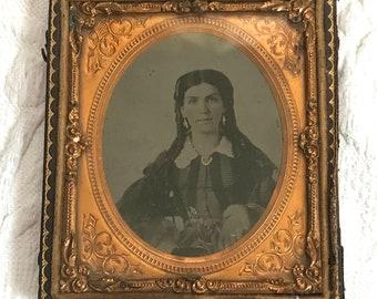 Antique  tintype .   spanish woman . señorita. daguerreotype . tintype half case