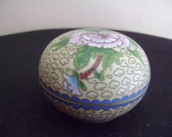 Chinese Round Cloisonne Trinket Box