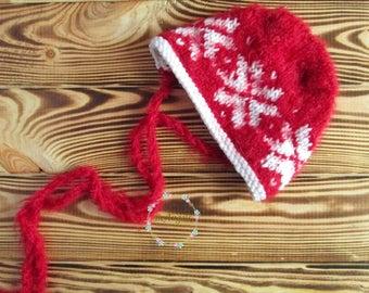 Christmas bonnet | Red and white hat | Newborn christmas hat |  Christmas outfit | Christmas hat and romper | Newborn christmas props