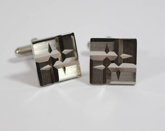 1970s Square Engine Cut Matt and Shiny Cuff Links Silver Tone Metal
