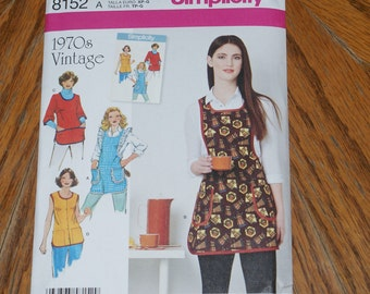 New Simplicity 1970s Vintage Apron Pattern 8152 Size A  XS to L