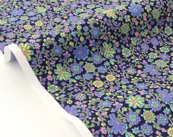 Fabric Japanese cotton Poplin silky flowing floral Lavender background black x 50cm
