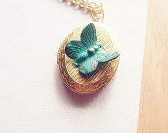 Butterfly Locket Necklace Nature Jewelry Gold Insect Charm Garden Pendant Rustic Woodland Vintage Style Inspired Accessories Womens Gift
