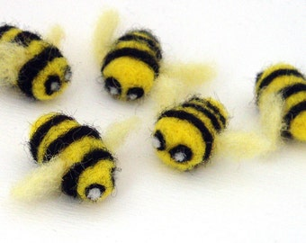 5 Needle Felted Bees - felt bumble bee decorations - small felted animals - insects