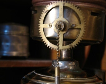 The Lamp of Professor Anton Cholotov