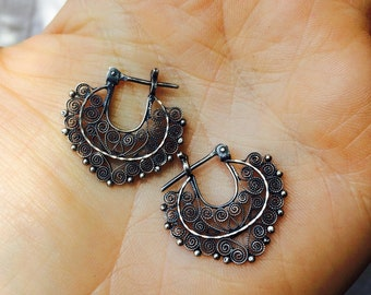 Vintage Oaxacan Filigree Earrings. Sterling Silver. Mexico. Frida Kahlo