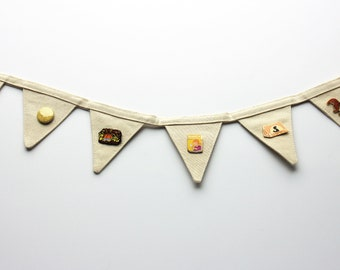 Mini pin banner! Cute canvas pin display, perfect for pin collectors, cool pin collection banner! Pin bunting