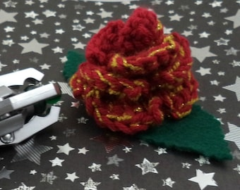 Clara Oswin Oswald - Crocheted Rose Hair Clip - Dark Red and Gold (SWG-HC-DWCO01)