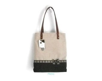 Tote bag made of cotton fabric with brown and beige striped print. Model Pikeros 039