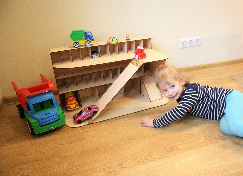wooden car garage gift for boy car shelf toy car storage. Black Bedroom Furniture Sets. Home Design Ideas