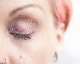Raspberry Ruffle Pearlescent Pressed Mineral Eyeshadow