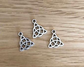 Tibetan Silver Antique Silver Tone Celtic Knot Pendant Charms 15mm x 17mm