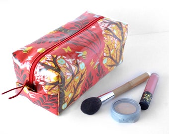 Cosmetic Travel Bag, Toiletry Zipper Pouch, Large Makeup Bag, Travel Gift for Teen Girl, Red Travel Accessories, Waterproof Bag, Box Pouch