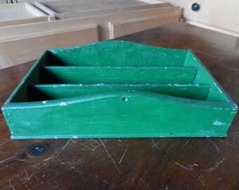 Vintage 1940s to 1950s Green Painted Wooden Storage Bin Wood Retro Kitchen Silverware Holder/Pencils/Pens/Salt Pepper Napkins Rustic Shabby