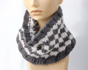 Hand Knit Cowl Scarf, Gray White Neck Warmer, Soft Winter Neckwarmer, Woman's Winter Scarf,  Ready to Ship