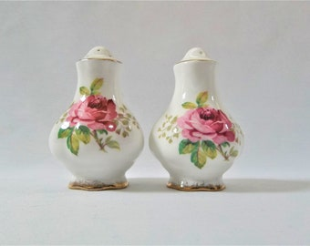 Royal Albert, American Beauty, Bone China Salt and Pepper Shakers, Pink Roses, Gold Trim, Made in England, Wedding Gift, Shower Gift