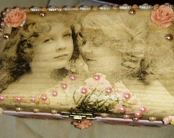 Jewellery box, Trinket box, Keepsake Box, memory box, Victoriana, pastel, peach,pink, Mum gift, friendship, shabby chic, home decor, gift