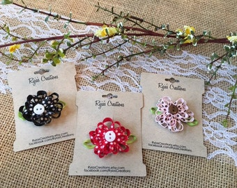 Girls/Baby's Polka Dots Flower w/Button Center Snap Clip