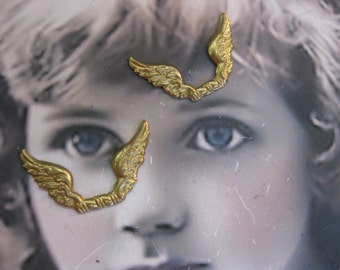 Raw Brass Double Wings Great for Angels 354RAW x2