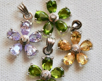 Pendants - Crystal Flowers 18mm - 4 pieces