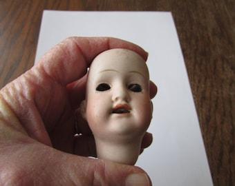 Vintage Bisque Doll Head Teeth  M B Japan 4/0