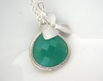 Green Necklace, Green Pendant, Silver Necklace, Silver Orchid Flower Necklace, Glass Necklace, Bridesmaid Necklace, Bridesmaid Gift