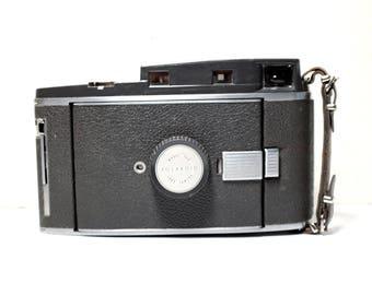 Polaroid Pathfinder 150 - Land Camera - Instant Film Camera
