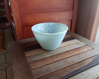 Vintage Fire King Turquoise Blue Splash Proof Mixing Bowl Nesting Bowl / Fire King bol à mélanger turquoise bleu 1950s