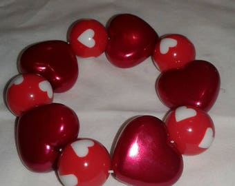 Red and white heart chunky bead bracelet