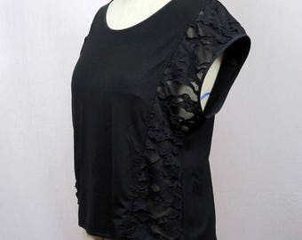 T-shirt original woman black Halter with transparency on the sides
