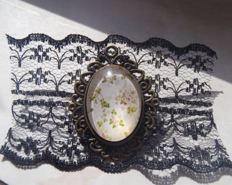 Gothic Lace Floral Cameo Brooch
