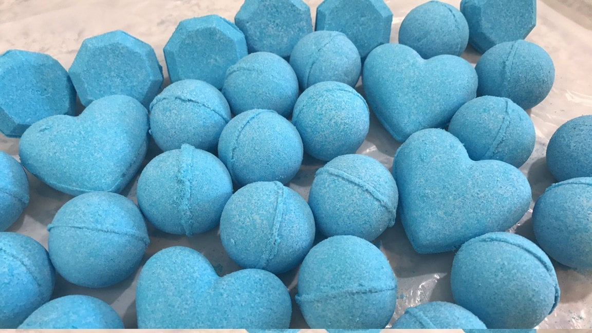 Bright Blue Bath Bombs!! Scent Monkey Farts, 3 Sizes Available ...