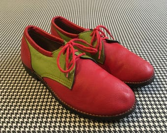 Red and lime green, leather, gum rubber sole, oxfords, with Cat's Paw, heels, Women's size 8