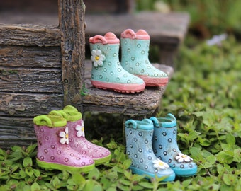 "Rainy Day Fun Boots (.75"") for the Fairy Garden (1 Pair per Set)"