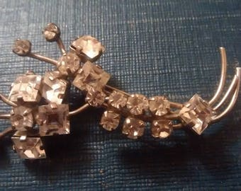 Beautiful 1930's/40's Floral Spray Brooch Cushion Cut Stones