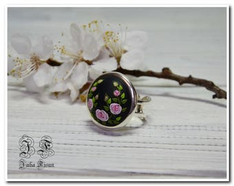 Roses ring big round ring black ring  gift ring for women ring birthday gift for her shabby chic ring pink roses jewelry for girlfriend gift