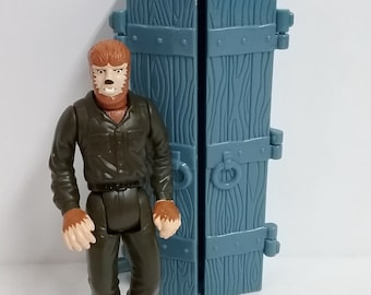 Toys- Universal Monsters WOLFMAN with Accessory