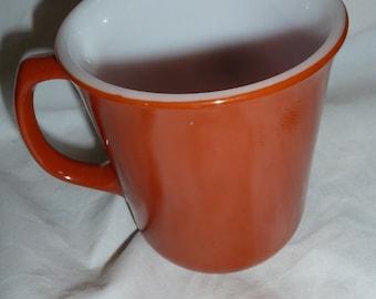 Corning pyrex 6 coffee mugs  burnt orange
