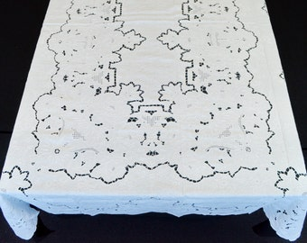 """Extra Large Vintage Linen Banquet Tablecloth and 24  Napkins, 180""""  Long White #makeforgood"""