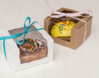 25 Kraft Or White Donut Boxes With Wrap Around Window / Pastry Boxes / Favor Boxes / Individual Donut Box / Donut Weddings