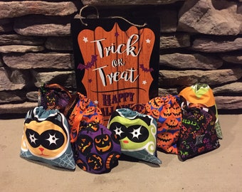 Halloween Treat Bags (4 for 10 dollars)