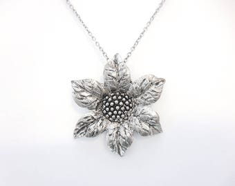Silver Sunflower Pendant Necklace, Metal Flower Necklace, Floral Jewelry, Gift for Mom, Gift for Gardener
