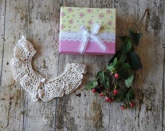 Lovely Ivory Crochet Collar