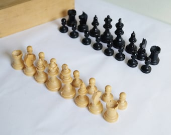 Chess Set with Box Wooden Chess Pieces Vintage Wooden Chess Set Old Chess Pieces made of Wood