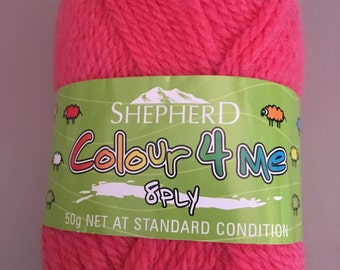 Shepherd Colour 4 Me 8 ply DK weight - wool yarn - color 4021 Coral