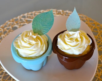 The Original EDIBLE leaves - Dark green and Light Green 24 - Cake & Cupcake toppers - Food Decorations