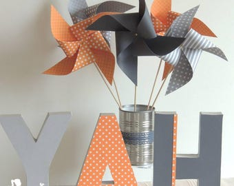 Set of 10 pinwheels wind orange and gray 15cm