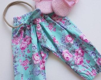 Size 0 two piece harem set, baby girls clothing, baby harems, floral harems, harem pants, baby pants